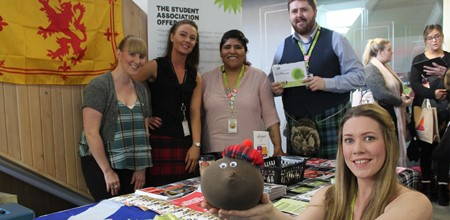 Scotland theme draws crowds at Freshers' Fairs