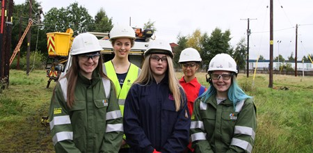 Falkirk Campus event to encourage more women into engineering