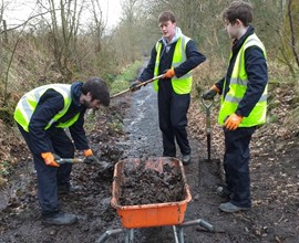 College volunteers win award for Stirling path transformation